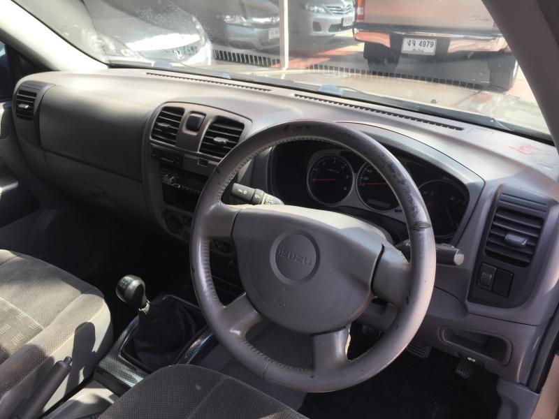 D-MAX CAB 3.0 SLX,M/T