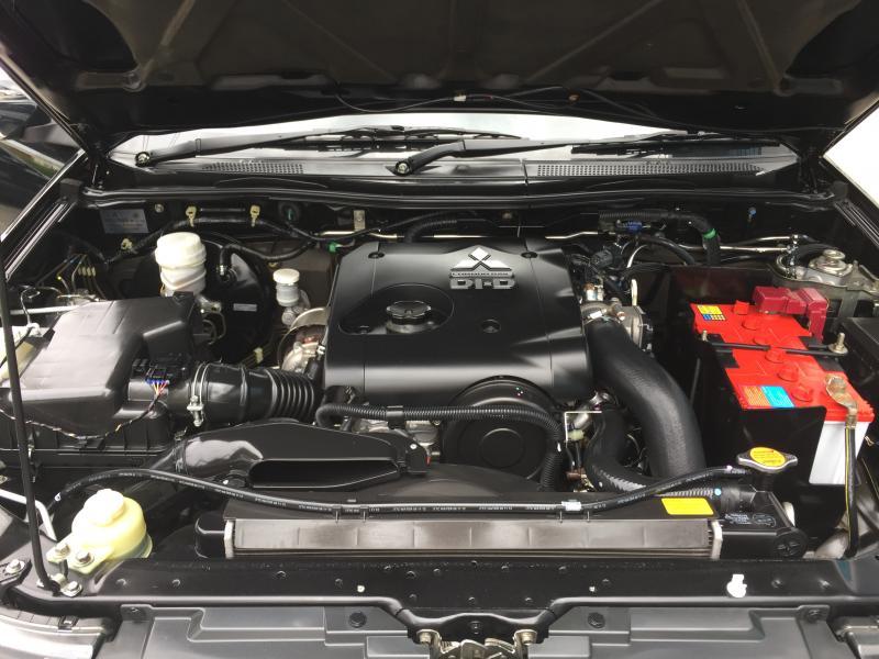 TRITON CAB 2.5 PLUS,M/T