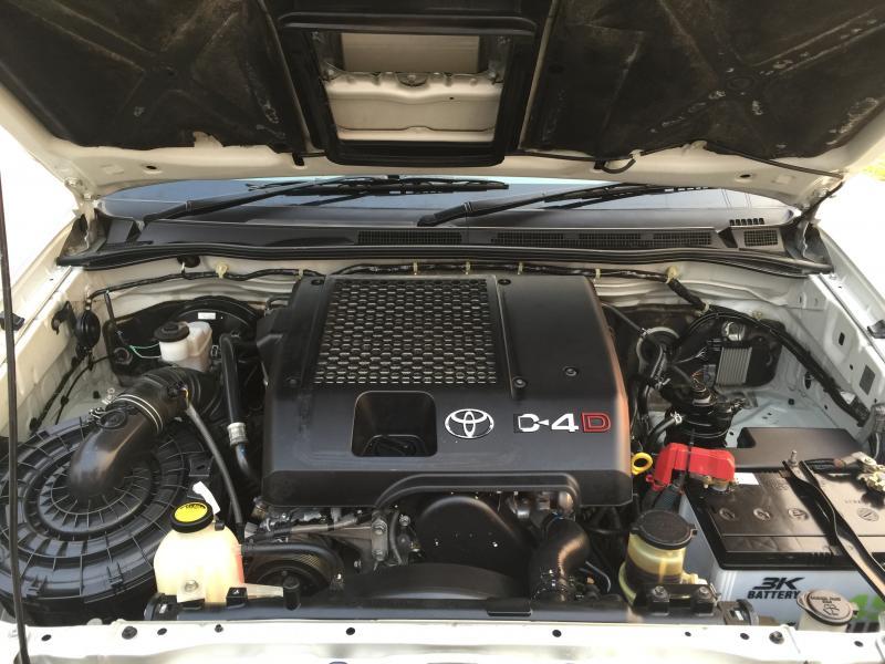 VIGO CAB 2.5 E,M/T