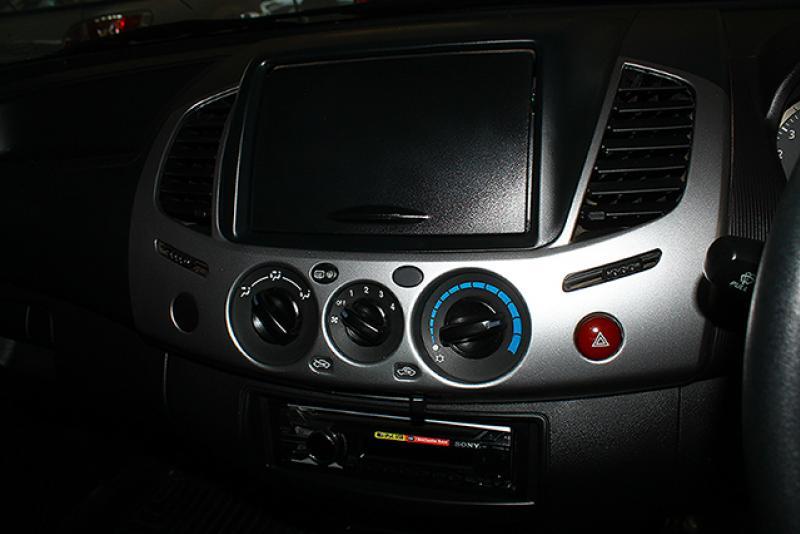 TRITON CAB 2.5 GLX,DID