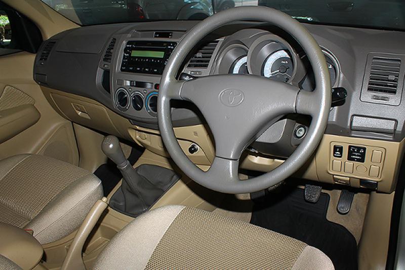 VIGO D4D SMART CAB 2.5 E,Pre(สูง)